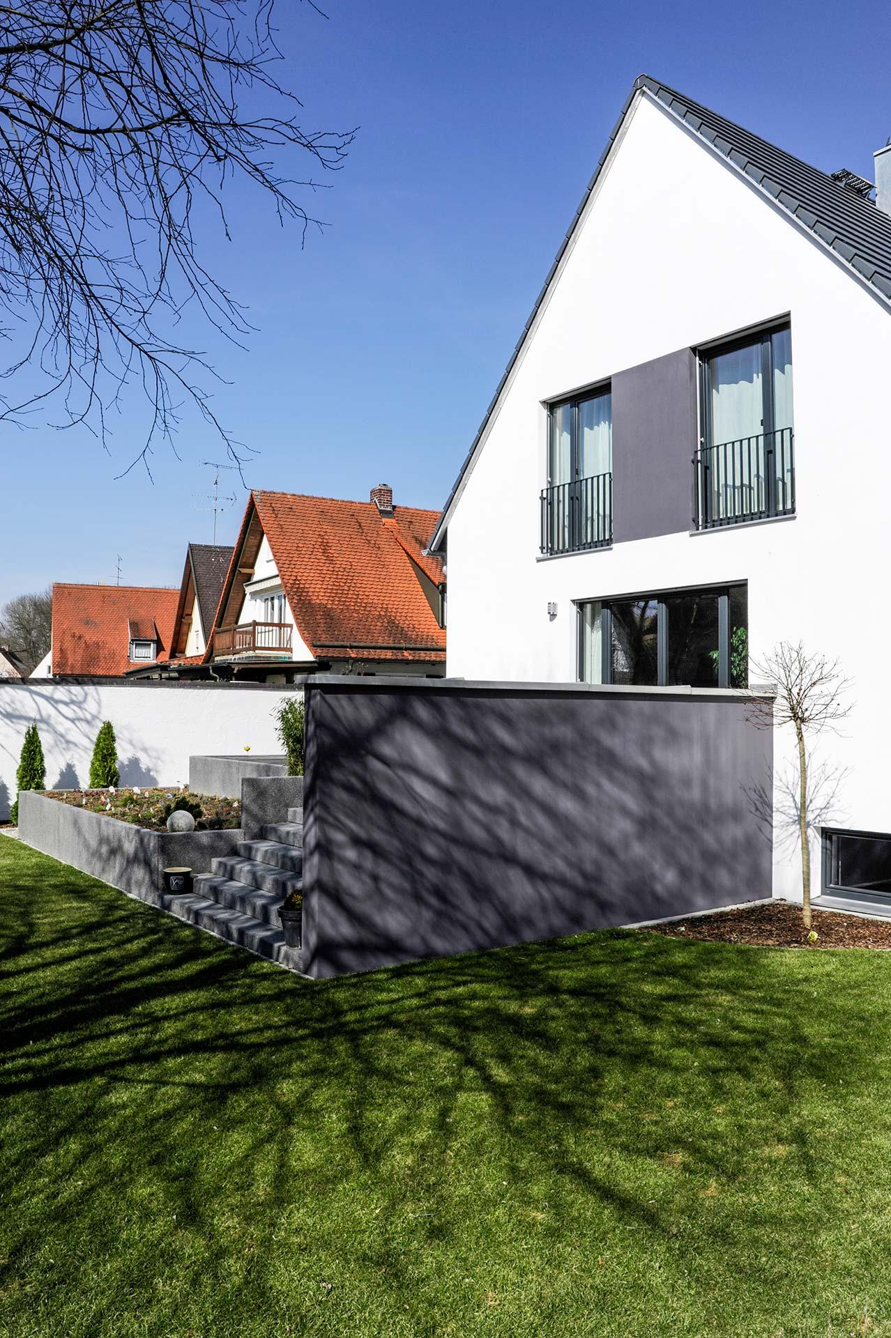 Haus vom Architekten Herzog mit Gartenanlage